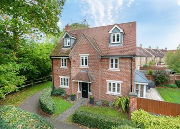 Thumbnail 5 bed detached house for sale in Heathcotes, Maidenbower, Crawley, West Sussex
