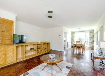 Thumbnail 2 bed maisonette to rent in Heath View, East Finchley