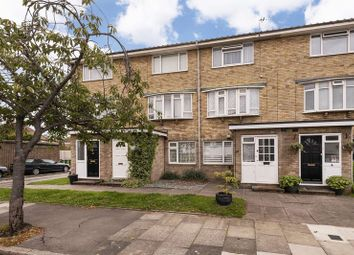 Thumbnail 2 bed maisonette for sale in Parkview Road, London