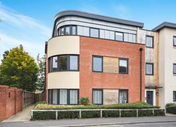 Thumbnail 2 bed flat for sale in Cedar Avenue, Chelmsford