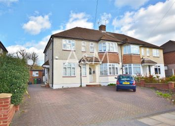 Thumbnail Maisonette to rent in Fullwell Avenue, Ilford
