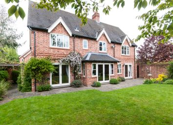 Thumbnail 5 bedroom detached house to rent in Hall Gardens, Church Lane, Hemington, Derby