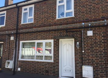 2 bed maisonette to rent in Moree Way, London N18