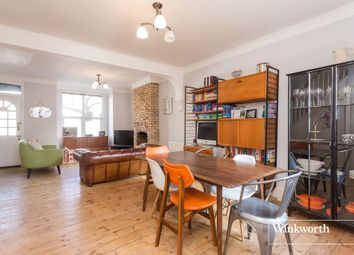 Thumbnail 3 bed property to rent in Farrant Avenue, London