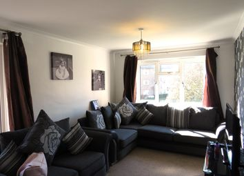 Thumbnail 2 bed flat to rent in Birches Road, Horsham