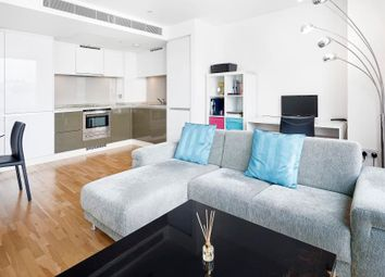 Thumbnail 1 bedroom flat for sale in Landmark, Canary Wharf