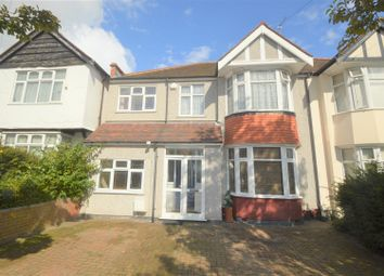 Thumbnail 5 bedroom terraced house to rent in Glenthorne Gardens, Ilford