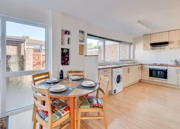 5 bed property to rent in Somner Close, Canterbury CT2