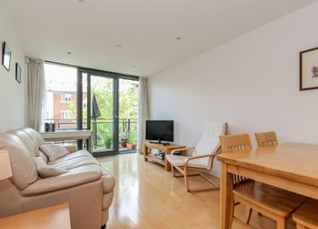 Thumbnail 1 bed flat to rent in Fisher Row, Oxford