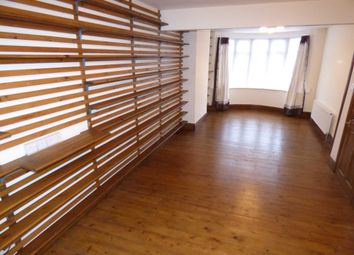 Thumbnail 3 bedroom terraced house to rent in Talbot Road, Luton