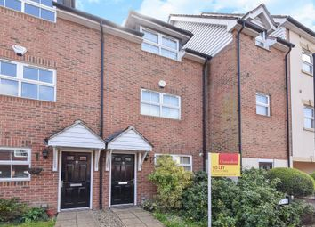Thumbnail 4 bed town house to rent in B Enjamin Lane, Wexham