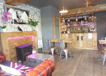 Thumbnail Restaurant/cafe for sale in Cafe & Sandwich Bars HD9, Meltham, West Yorkshire