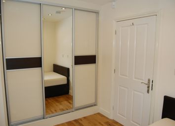 Thumbnail Room to rent in Park Street Lane, How Wood