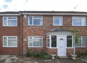 Thumbnail 1 bed property to rent in Field Way, Cambridge