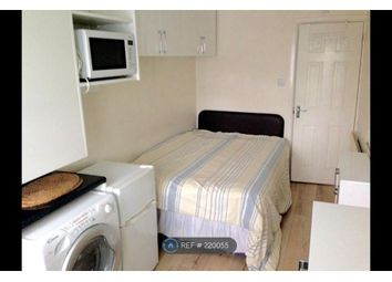 Thumbnail Room to rent in Great West Road, Middlesex