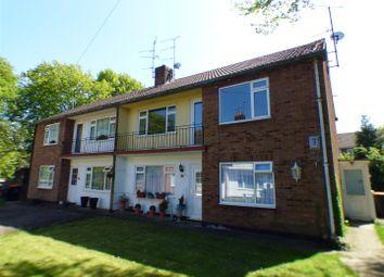 Thumbnail 2 bed maisonette to rent in Oakwell Close, Dunstable
