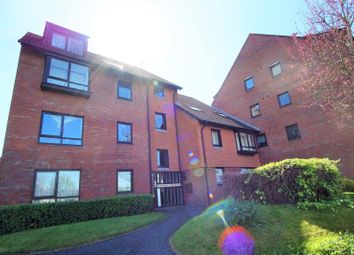 Thumbnail Room to rent in Haythorne Court, Marina Gardens, Fishponds, Bristol BS163Yw