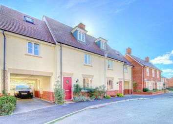 4 bed semi-detached house for sale in Fennel Avenue, Stotfold, Hitchin SG5