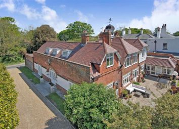 Thumbnail 6 bed detached house for sale in Elmwood Close, Broadstairs, Kent