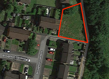 Thumbnail Land for sale in Broughton Gardens, Summerston