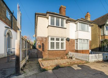 4 bed property for sale in Cromwell Road, Whitstable CT5