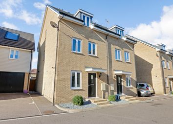 Thumbnail 3 bed town house for sale in Elms Court, Westcliff-On-Sea, Essex