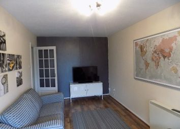 Thumbnail 1 bed flat to rent in Gallacher Avenue, Paisley, Renfrewshire
