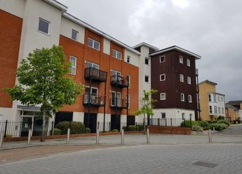 Thumbnail 2 bed flat to rent in Havergate Way, Reading