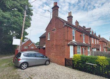 Sunnyside Cottages, Newnham Road, Hook RG27. 1 bed maisonette