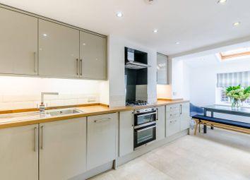 2 bed property to rent in Furzefield Road, Blackheath, London SE3