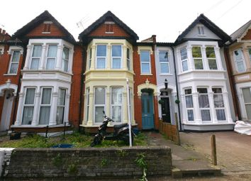 Thumbnail 2 bed property to rent in Wimborne Road, Southend-On-Sea