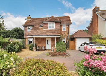 3 bed detached house for sale in Mallard Close, Horley RH6