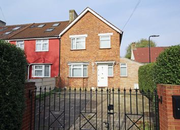 Thumbnail 3 bed property to rent in Muirfield, London