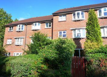 Thumbnail 1 bedroom flat to rent in Addiscombe Grove, Croydon