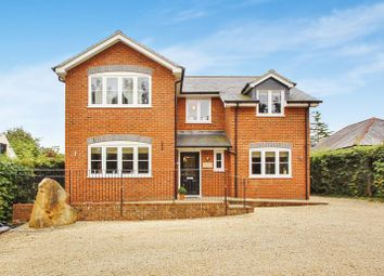 Thumbnail 4 bed detached house to rent in Holmer Green Road, Hazlemere, High Wycombe