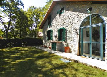 Thumbnail 4 bed villa for sale in Strada Statale, Piegaro, Perugia, Umbria, Italy