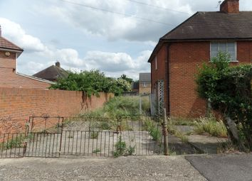 3 bed semi-detached house for sale in Minet Gardens, Hayes UB3