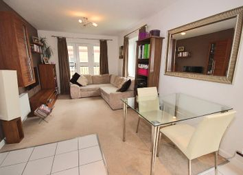 Thumbnail 2 bedroom flat to rent in Worcester Close, London