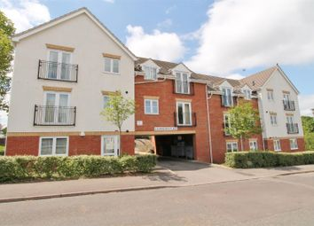 Thumbnail 2 bedroom flat to rent in Aldykes, Hatfield