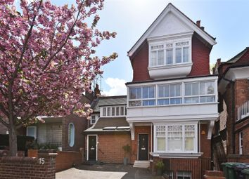 Thumbnail 3 bed flat for sale in Arkwright Road, Hampstead