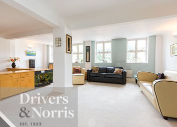 2 bed maisonette for sale in Manor Gardens, Islington, London N7
