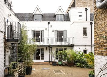 Thumbnail 3 bed flat to rent in Fullwood's Mews, London