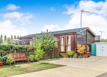 Thumbnail 2 bedroom mobile/park home for sale in Goose Island, Billing Aquadrome, Crow Lane, Northampton