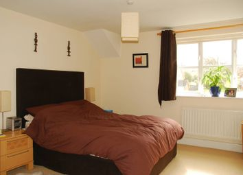Thumbnail 4 bed end terrace house to rent in Chelsea Gardens, West Ealing