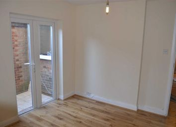 Thumbnail 1 bed flat to rent in Long Lane, Finchley, London