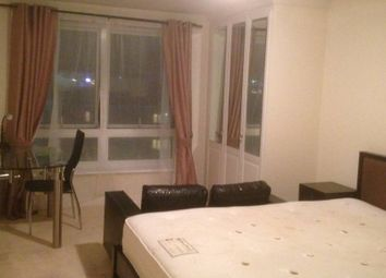 Room to rent in Newport Avenue, Canary Wharf, London E14
