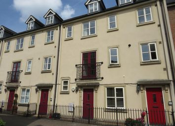 Thumbnail 2 bed property to rent in Chapel Mews, Chippenham