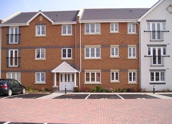 Thumbnail 2 bedroom flat to rent in Moorhen Close, Brownhills, Walsall