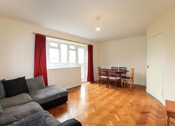 Thumbnail 3 bed flat to rent in The Hollies, Oakleigh Park North, Whetstone