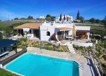 Thumbnail 3 bed villa for sale in Carvoeiro (Lagoa), Algarve, Portugal
